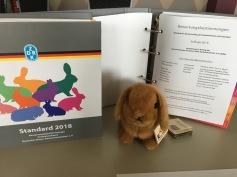 Maskottchen Edith vor dem neuen Bewertungsstandard 2018