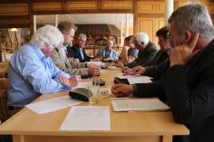 Unser Landesvorstand bei der Arbeit. Vorne im Bild Jochen Pförtsch und Wolfgang Dietrich